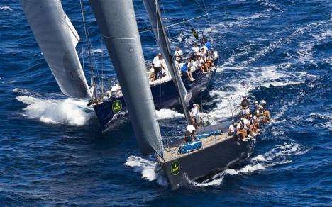 Maxis velejam na Costa Smeralda