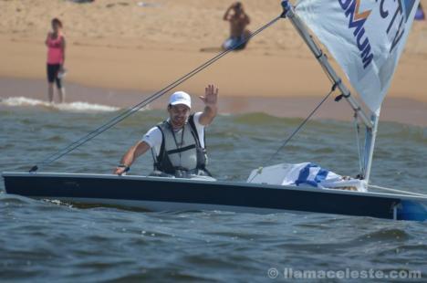 Alejandro comemora a chegada em Punta depois de 18 horas