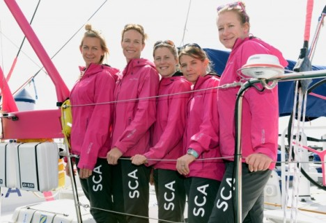 As cinco primeiras tripulantes do SCA Sailing Team