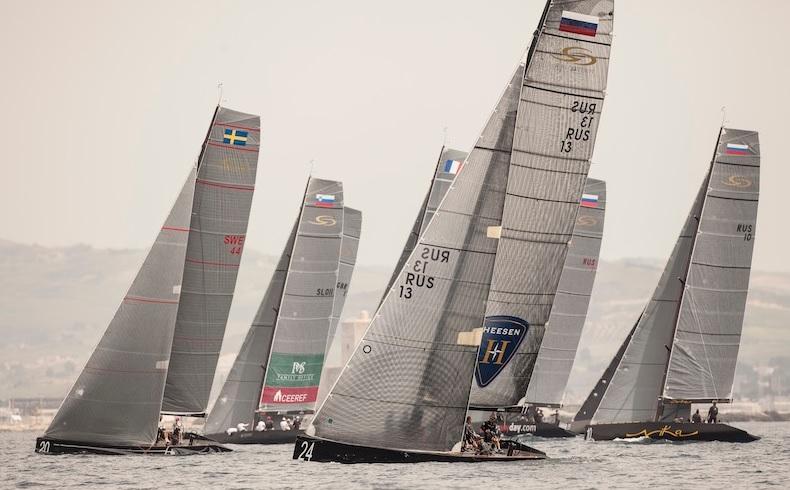A flotilha de RC44 em Trapani