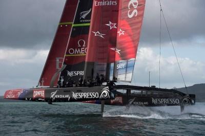 O Team New Zealand reclama que deverá correr a LV Cup só contra o Prada. Mal...