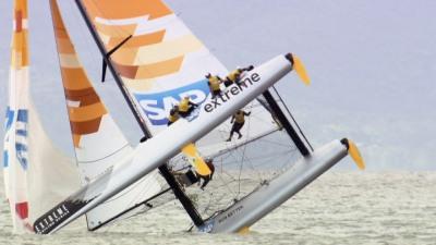 E hoje foi dia da tripula do SAP Extreme ver o mundo ao contrário na baía Norte de Florianópolis. Radical!