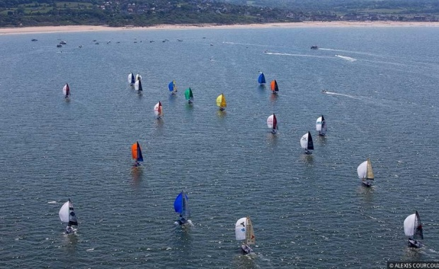 Largada da primeira regata da Solitaire du Figaro 2014