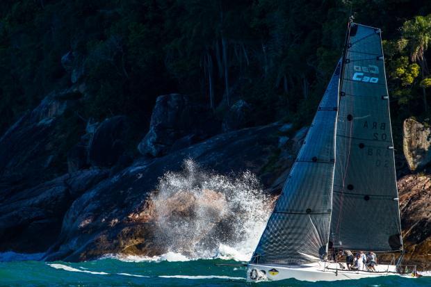 Foto: Marcos Mendez Edição: Davi Valente www.sailstation.com