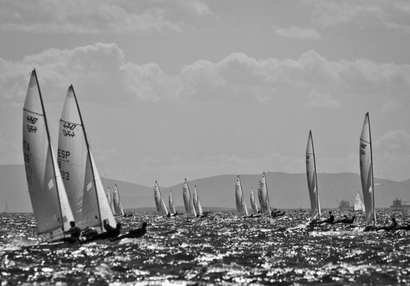 A flotilha de 470 em Atenas