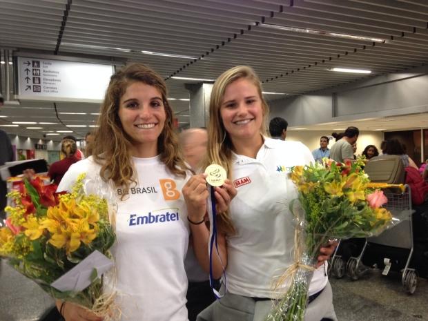 A dupla de ouro no aeroporto