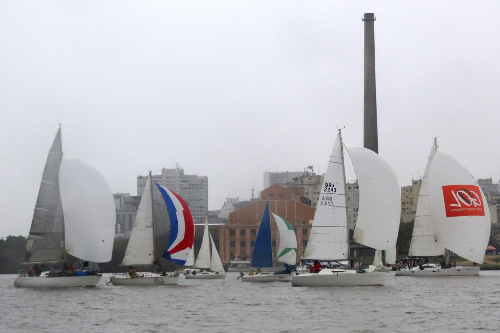 Flotilha gaúcha no Guaíba