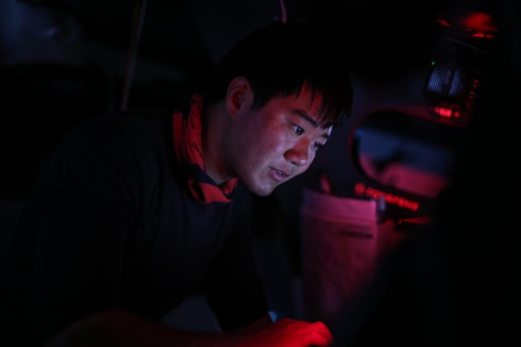 Jiru Yang, também conhecido como Wolf (Lobo, em inglês), escreve e-mail para contar das novidades a bordo