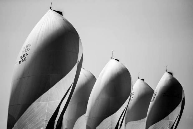 Foto de Marcos Mendez classificada em 6º lugar no prêmio Mirabaud Yacht Racing. Ahh, moleque!!